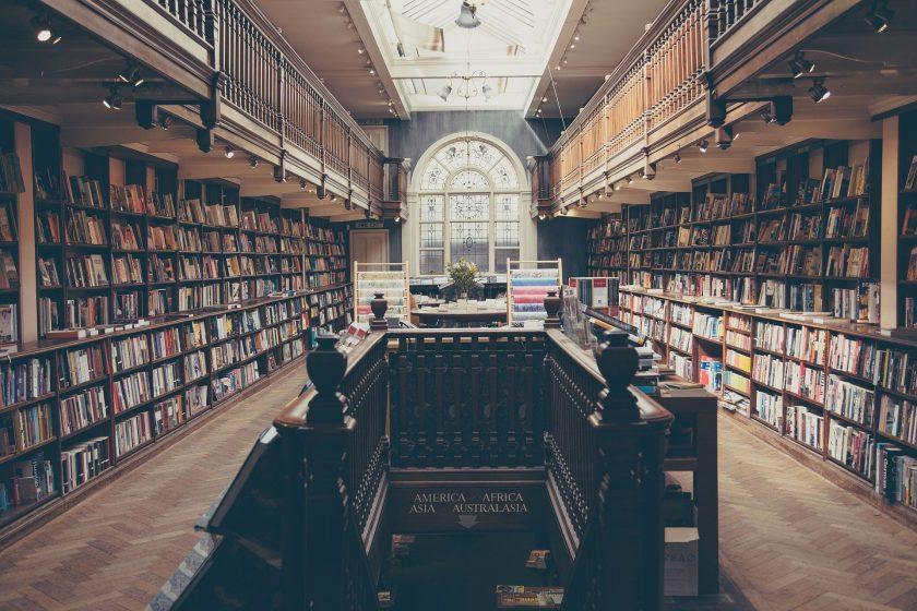 Czy czytanie książek pomaga w życiu?
